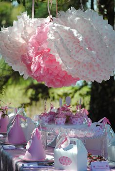 pink monkey theme Girl Birthday, Flower Birthday, Birthday Ideas, Kids Party Themes, Party Ideas, Pastel Party, Party Central, Pink Themes, Pink Parties