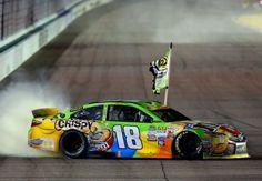 Nascar : Kyle Bush égale son frère et devient champion de Sprint Cup