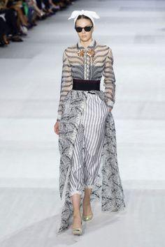 Giambattista Valli Haute Couture Fashion Week Fall 2014