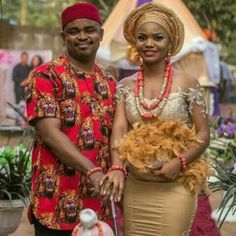 The Igbo traditional outfit is a major characteristic of the Igbo traditional weddings. Let's get to see some of the most amazing Igbo traditional wedding attires. African Traditional Wedding Dress, African Fashion Traditional, Traditional Wedding Attire, Traditional Outfits, Traditional Weddings, Couples African Outfits, African Clothing For Men, African Men, African Wedding Attire