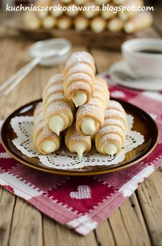 Cream Horns, Chicken Cordon, Cannoli, No Bake Cake, Truffles, Food Porn, Food And Drink, Favorite Recipes, Sweets