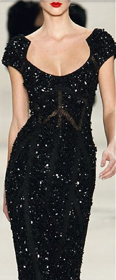 #Elie #Saab Lovely neck, shoulder and sleeve detailing, especially for women with narrow shoulders.