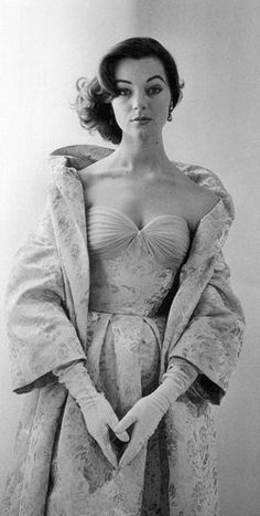 Photo of Ivy by Regina Relang 1954    Wearing an evening ensemble of brocade with an organza bustier by German designer Uli Richter.