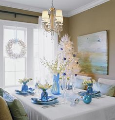 Holiday Blues < Timeless Table Settings - MyHomeIdeas.com