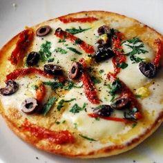 i hv just tried it today  Pita Bread Pizza with Fresh Mozzarella