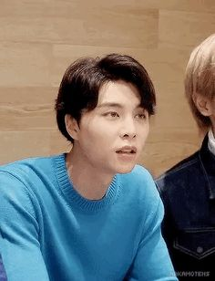 Read 🌹NCT U🌹 from the story NCT Reacciones by Crookedsunsetglow (🥀Crooked🌙) with reads. NCT U cuando les pides que sean tu pr. Nct Johnny, Johnny Lee, Winwin, Wattpad, Jaehyun, Kpop, Jawline, Read News, Taeyong