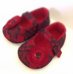 Red Baby Shoes Lace Baby shoes Baby girl shoes Red by joojoocraft