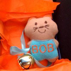"Lisa 's cat toy ""Bob"""