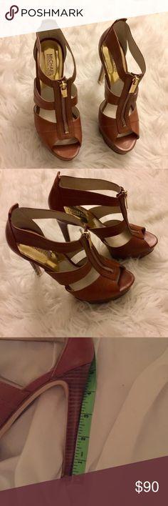 Michael Kors Berkeley Plataform Heels Perfect condition. Worn once Michael Kors Shoes Heels