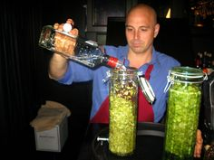 Infusing gin with cascade hops