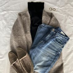 Mom Outfits, Chic Outfits, Fashion Outfits, Womens Fashion, Fall Winter Outfits, Winter Fashion, Minimal Wardrobe, Women Church Suits, Shoes