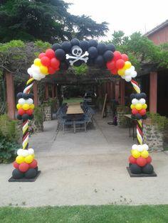 Arco caramelo tematica jake y los piratas