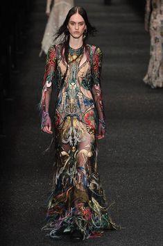 Alexander McQueen Fall 2017 Ready-to-Wear Fashion Show - Sarah Brannon (OUI)