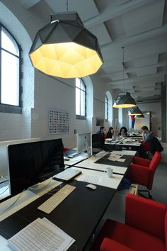 APOLLO DARK / design / lighting / darling #DARK office Demonstr8 d8 Tour&Taxis Brussel BE