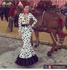 Flamenco Dancers, Flamenco Dresses, Spanish Dancer, Trumpet Skirt, Fishtail, New Dress, Sewing, Formal Dresses, Skirts