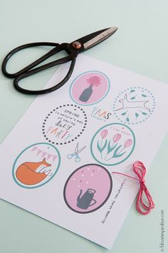 Free download spring tags - - - illustrated by Karen Weening  #freedownload #illustration #karenweening #spring