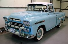 These trucks are enough (almost) to turn me into a truck girl from a sports car girl. Pick Up Truck Chevrolet Trucks, Cool Trucks, Chevy Trucks, Cool Cars, Chevy Apache, Classic Trucks, Classic Cars, Chevy Classic, Station Wagon