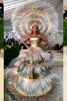 Celebrity Red Carpet, Celebrity Look, Celebrity Dresses, Grace Kelly, Billie Eilish, Kardashian, Rihanna Show, Met Gala Red Carpet, Old Hollywood