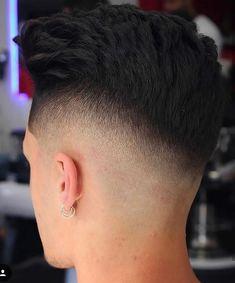 Faux Hawk Hairstyles, Top Hairstyles, Modern Haircuts, Haircuts For Men, High Fade Haircut, Mens Hair, Spaceships, Dark Fashion, Barber Shop
