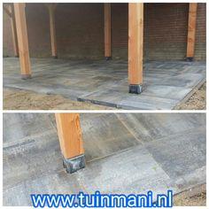 Onder de lariks overkapping hebben we we deze 60x60cm tegels mogen plaatsen. In de kleur grijs/zwart.  Bij Tuinmani hebben we alle soorten bestrating, zoals Keramisch , vlonders , composiet , beton , gebakken en natuursteen . Geplaatst door en verkrijgbaar bij #tuinmani @Tuinmani www.tuinmani.nl Sierbestrating