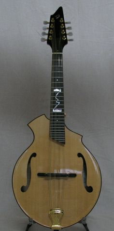 Breedlove Rogue Mandolin at Smakula Fretted Instruments, Elkins, WV