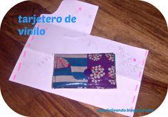 PANDIELLEANDO: Tarjetero-billletero de vinilo