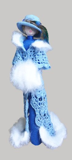 Elegant art chic doll in retro style. Lady with fur muff  I crocheted it of eco friendly cotton yarn. Muff knitted of mohair. This collectible doll will decorate any interior, rais a smile and attract the attention. It can stand itself. Best gift for mom and girl Height 12 in (30cm)