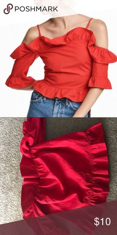 Red Off The Shoulder Ruffle Top This beautiful off the should top is detailed with a zipper on the back. It has never been worn. H&M Tops Blouses