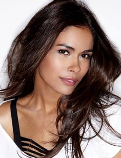 I could see Daniella Alonso make a great Cash on the big screen for 100 DAYS IN DEADLAND! Hottest Female Celebrities, Celebs, Hottest Women, Daniella Alonso, Pretty People, Beautiful People, Beautiful Women, Ford Modeling Agency, Billy Burke