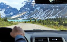 Columbia Icefield Parkway- Where to take the best photos in Banff Canada