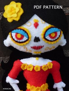 PDF pattern to make a felt Catrina. Mexican Art, Felt Dolls, Soft Sculpture, Felt Ornaments, Book Of Life, Pdf Sewing Patterns, Felt Crafts, Halloween Diy, Hand Sewing