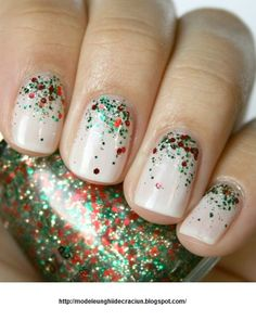 christmas manicure | Modele unghii de Craciun 2013: White Christmas nails