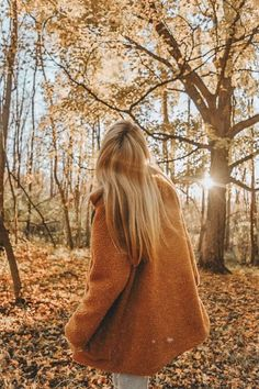 Healer Witch aesthetic requested by Photography Poses Women, Autumn Photography, Tumblr Photography, Creative Photography, Portrait Photography, Autumn Aesthetic, Aesthetic Photo, Fall Pictures, Fall Photos