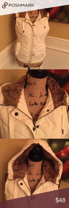 Puffer vest with hood size medium American Eagle Outfitters cream with brown fur lined hood in great shape American Eagle Outfitters Jackets & Coats Vests