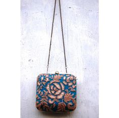 #turquoise #rose #clutch   http://www.ananasa.com/turquoise-rose-clutch.html