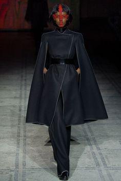 Gareth Pugh Autumn/Winter 2015 Ready-To-Wear Collection   British Vogue
