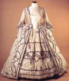 Sack-Back Gown 1765, British, Made of silk brocade