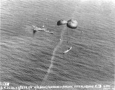 24-foot self-righting rescue motor launch dropped from an RAF Hudson rescue aircraft to the crew of a US B-17 Fortress that ditched in the North Sea, 26 Jul 1943. (US National Archives)
