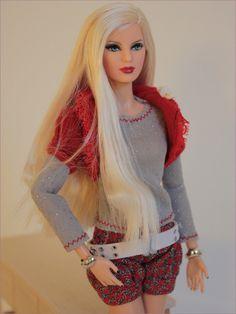 Model 14 - Barbie Basics 2.5 | Fashion Credits: All clothes … | Flickr