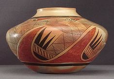 Migration Design Attributed to Nampeyo, ca. 1930. Photo by Ken Matesich, copyright Arizona State Museum. (ASM #GP52534-x-2)