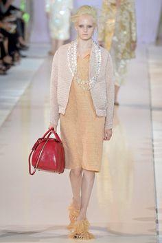 Rochas Spring 2014 Ready-to-Wear Fashion Show - Maja Salamon (Next)