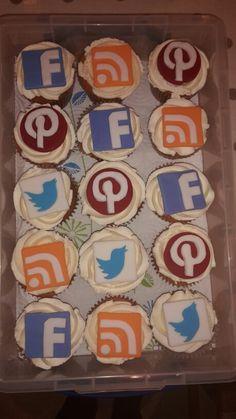 Social media cupcakes #pinterest #twitter #facebook #rss #cupcakes #baking