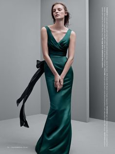 I wish I had a reason to wear this gorgeous bottle green satin dress. Super wintery and would make a graet bridesmaid dress
