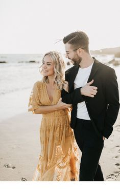 Wedding Photography Poses Malibu Engagement shoot with an adorable couple // Photo by Lillywhite Photography - Visit the post for more. Engagement Photo Dress, Engagement Outfits, Engagement Photo Inspiration, Engagement Shoots, Beach Engagement, Engagement Couple, Engagement Pictures, Couple Style, Photo Couple