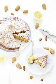 La recette du namandier, un gâteau fondant aux amandes sans gluten, divin et très simple et rapide à réaliser !