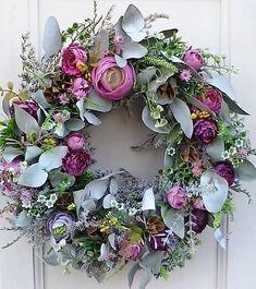 flowersandmore / na jar aj na leto Summer Flower Arrangements, Floral Arrangements, Wreath Crafts, Diy Wreath, Summer Wreath, Holiday Wreaths, Dried Flowers, Making Ideas, Wreaths