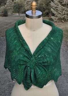Free knitting pattern for Carol's Clever Little Shawl