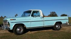 We've seen quite a few of this vintage Ford trucks show up on Barn Finds recently. Jamie wrote up a similar truck just the other day; that one was a fairly well used Explorer model wearing a fairly unattractive. Best Pickup Truck, Vintage Pickup Trucks, Chevy Pickup Trucks, Ford Pickup Trucks, Car Ford, Lifted Trucks, Old Trucks, Lifted Ford, Bushcraft