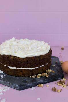 VIDEORECEPT: Mrkvový dort | iMnam.cz Vanilla Cake, Food, Essen, Meals, Yemek, Eten