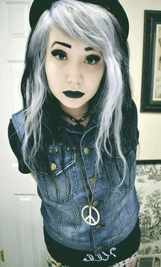 Radioactive - Heart Our Style - black cool fashion girl goth hair hot lips scene white